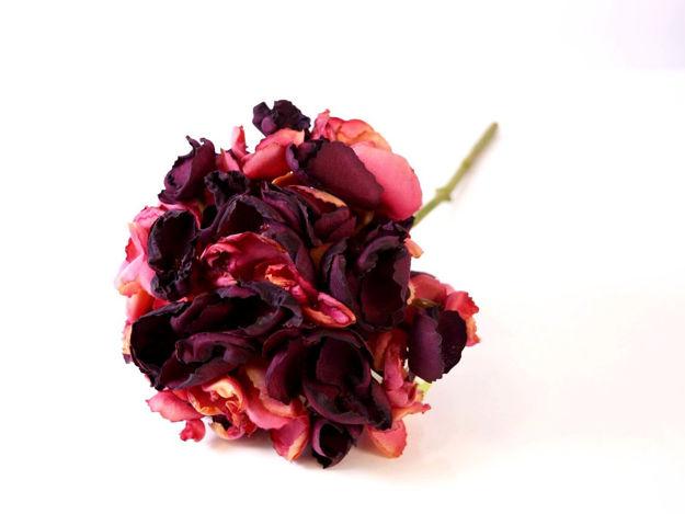 Umjetna tamno crvena hortenzija