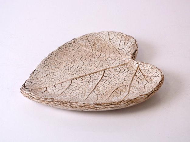 Slika Tanjur srce polyresin 18.2 cm x 16.5 cm x 2.5 cm